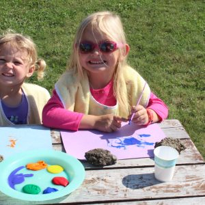 daycare-kids-painting-july-30-2012-002